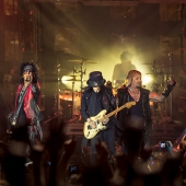 Mötley Crüe 2015