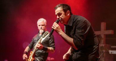 Als ob sie nie pausiert hätten: Demons & Wizards spielen erstes Konzert nach 19 Jahren in der Garage Saarbrücken